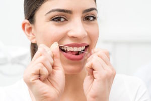 Top 4 Amazing Benefits of Brushing and Flossing Featured